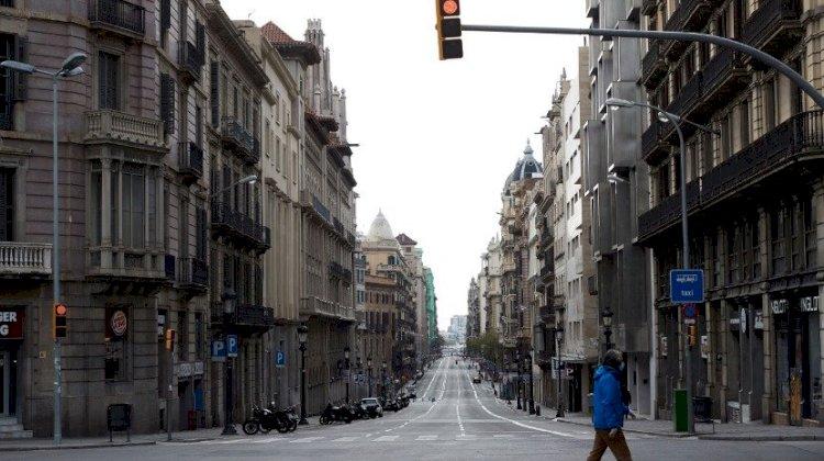 Covid-19: Número diário de mortes sobe para 244 em Espanha